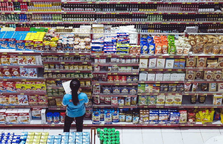 Big supermarket in Ubud (c) Bernard Hermant