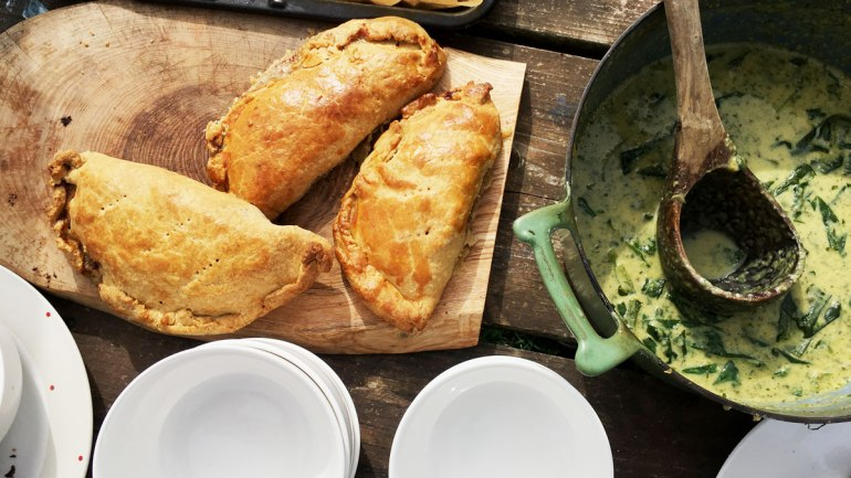 Pasties with wild garlic soup at Henbant (c) Rianne Mason