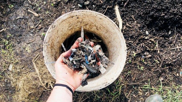 Plastics in municipal compost (c) Rianne Mason